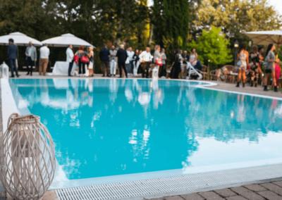 Serata aperitivo bordo piscina