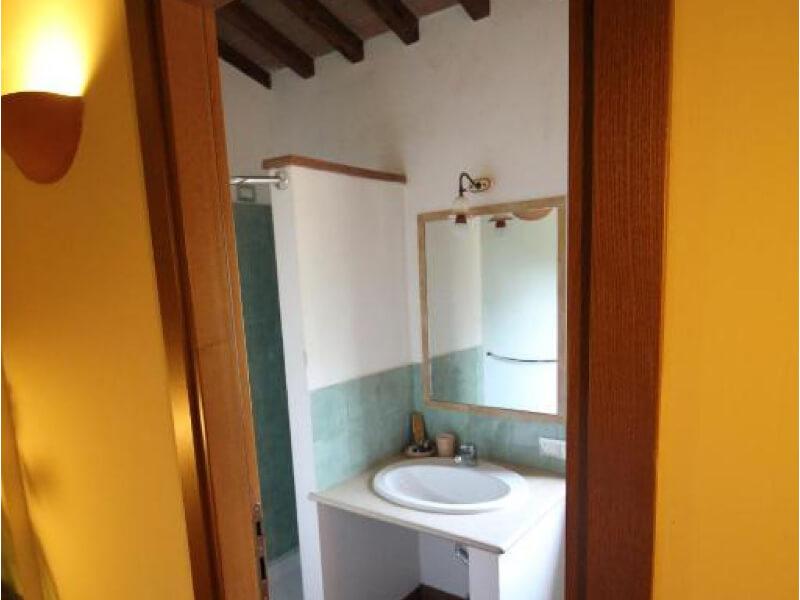 Dormire in Umbria bagno junior suite