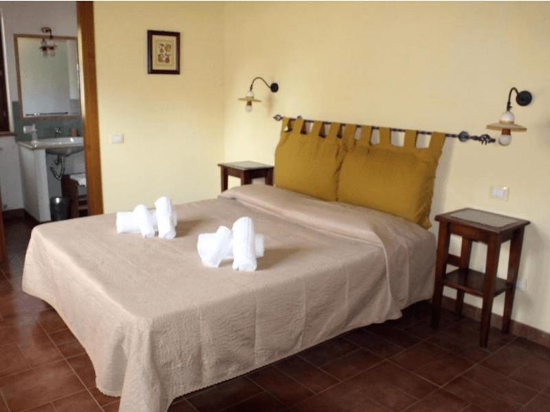 dormire ad amelia camera matrimoniale