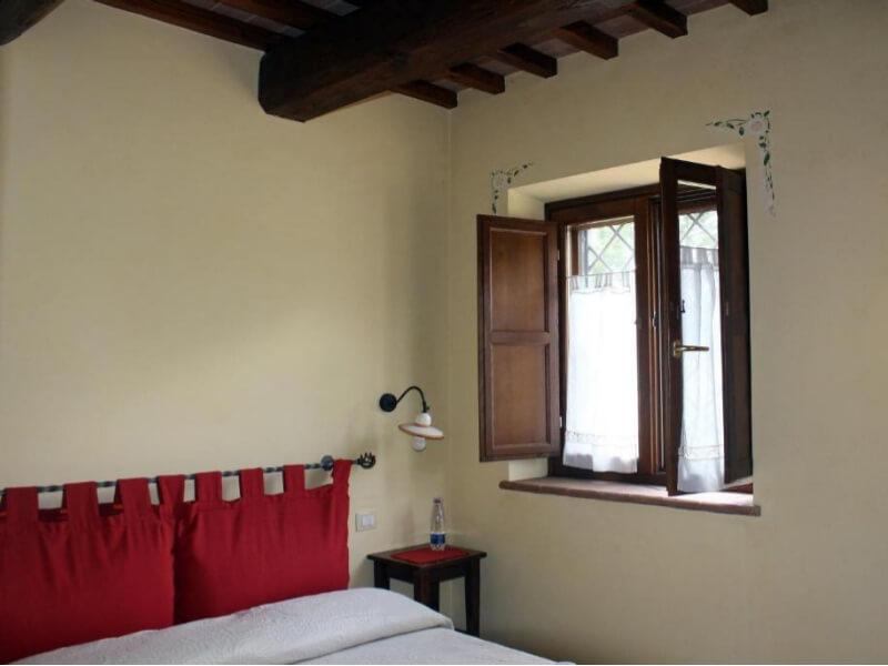 Dormire in Umbria letto 2 camera matrimoniale