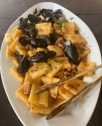 paccheri con pesce ristorante amelia Il Podere San Giuseppe