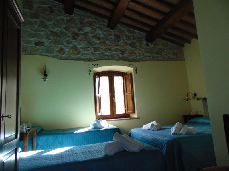 Dormire in Umbria visuale camera quadrupla