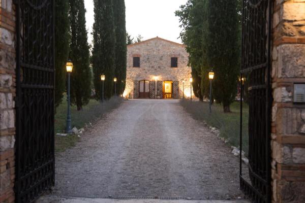 Agriturismo Umbria con piscina per famiglie scegli Il Podere San Giuseppe